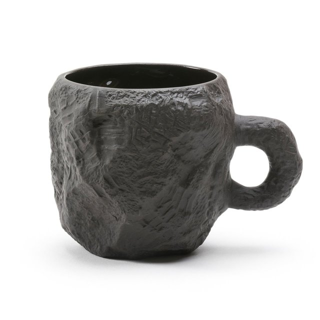 Crockery Black Mug Thumbnail 01